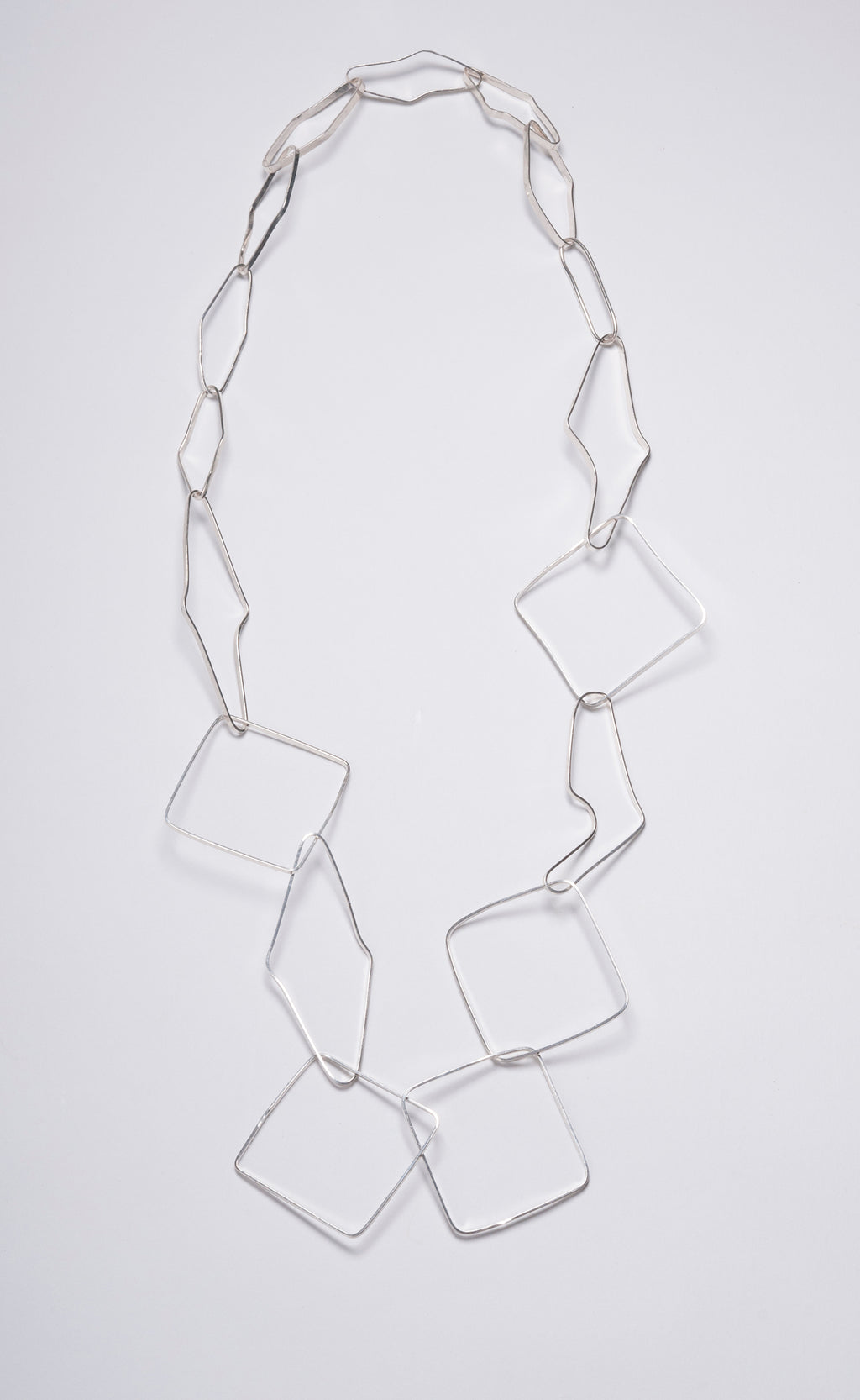 STERLING ASSYMETRICAL SQUARE HOOP CHAIN