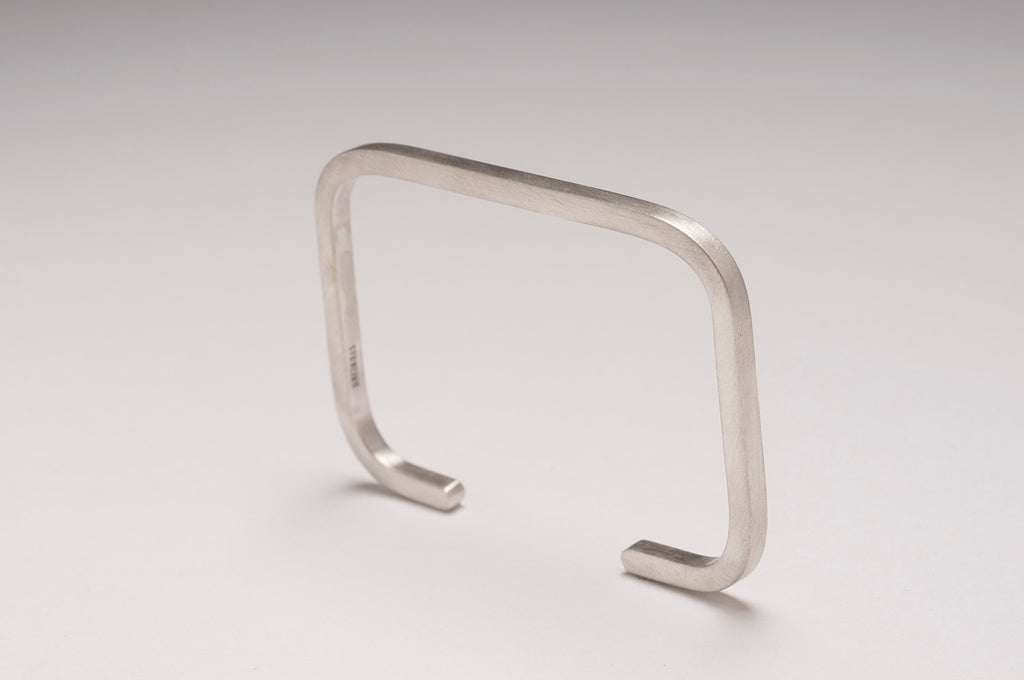 RECTANGLE CUFF IN STERLING