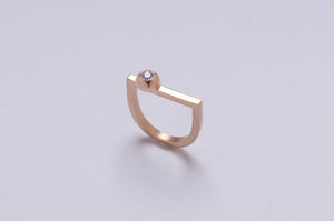 D-RING IN 14 KARAT YELLOW GOLD