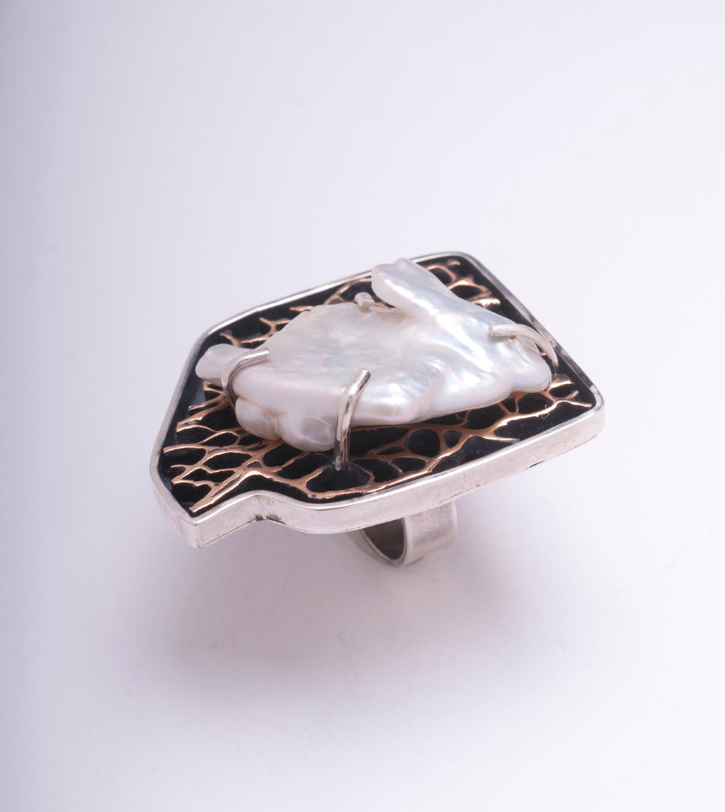 KESHI PEARL CACTUS STATEMENT RING IN STERLING