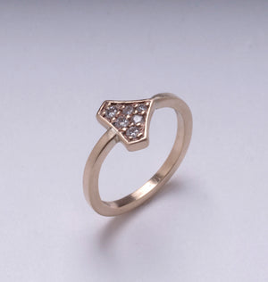 DIAMOND SHIELD RING YELLOW GOLD