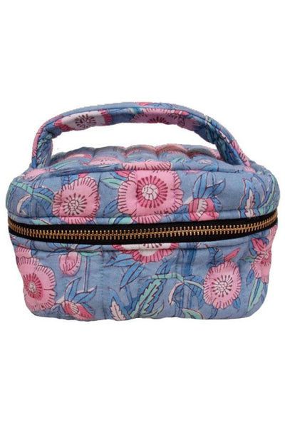 Betty Make Up Bag Light Blue