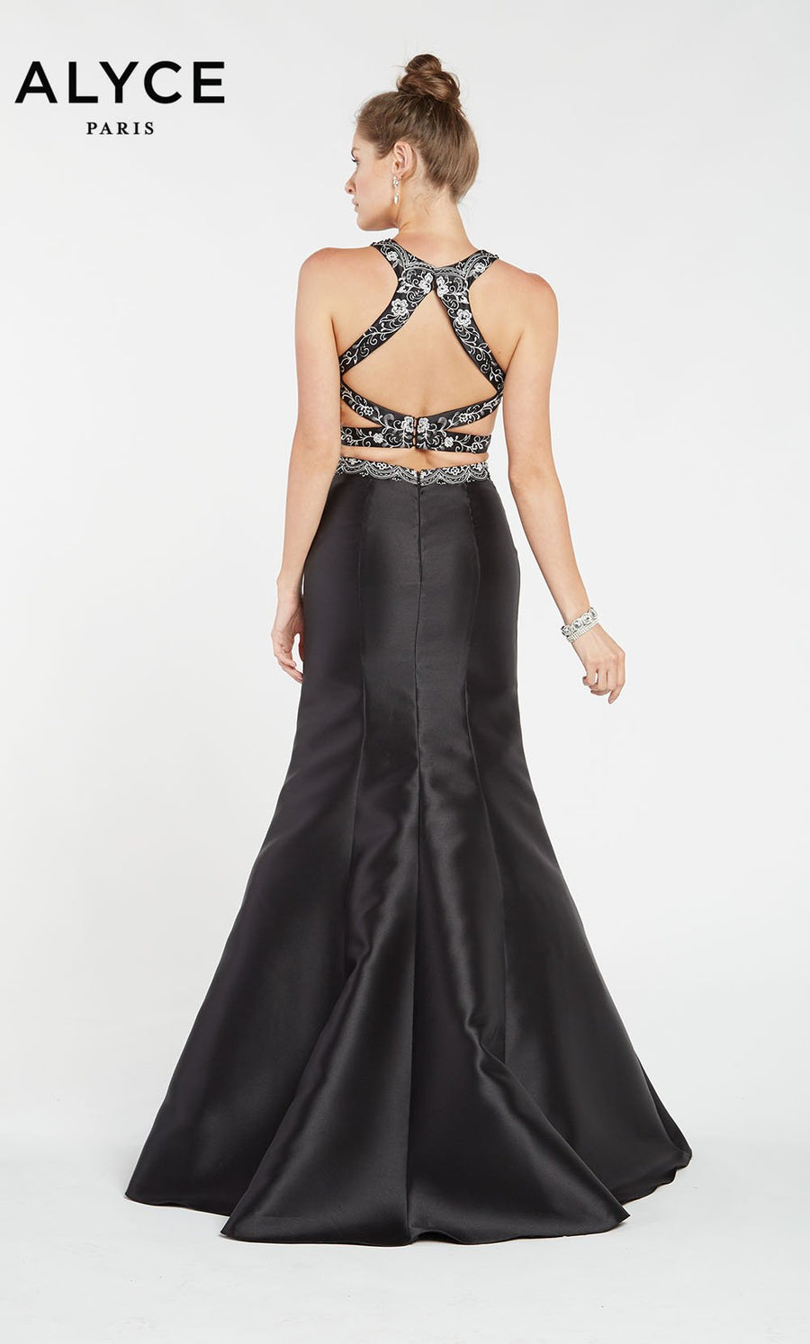 Alyce Paris 1403 prom dress images.  Alyce Paris 1403 is available in these colors: Black.