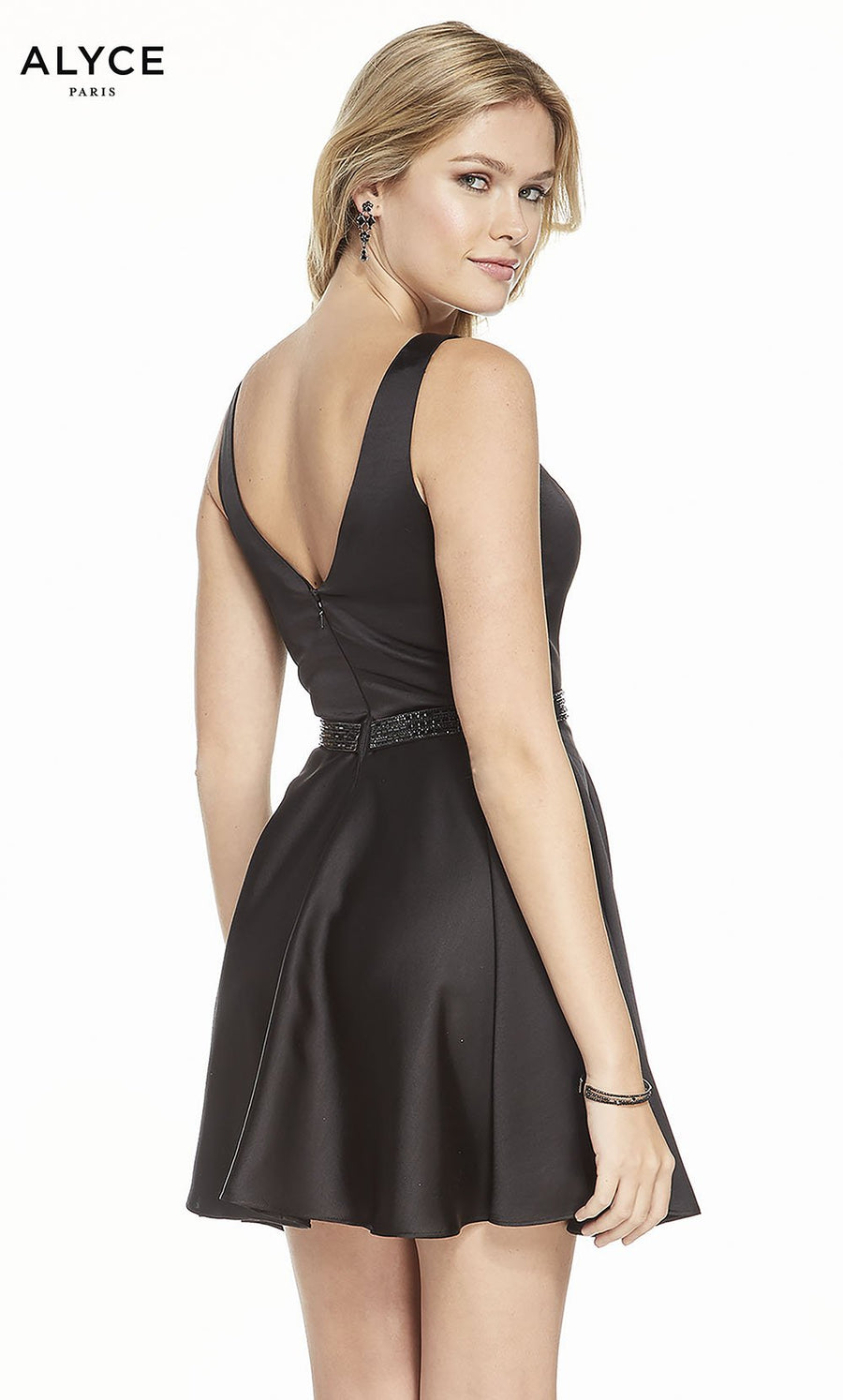 Alyce Paris 3884 prom dress images.  Alyce Paris 3884 is available in these colors: Black.