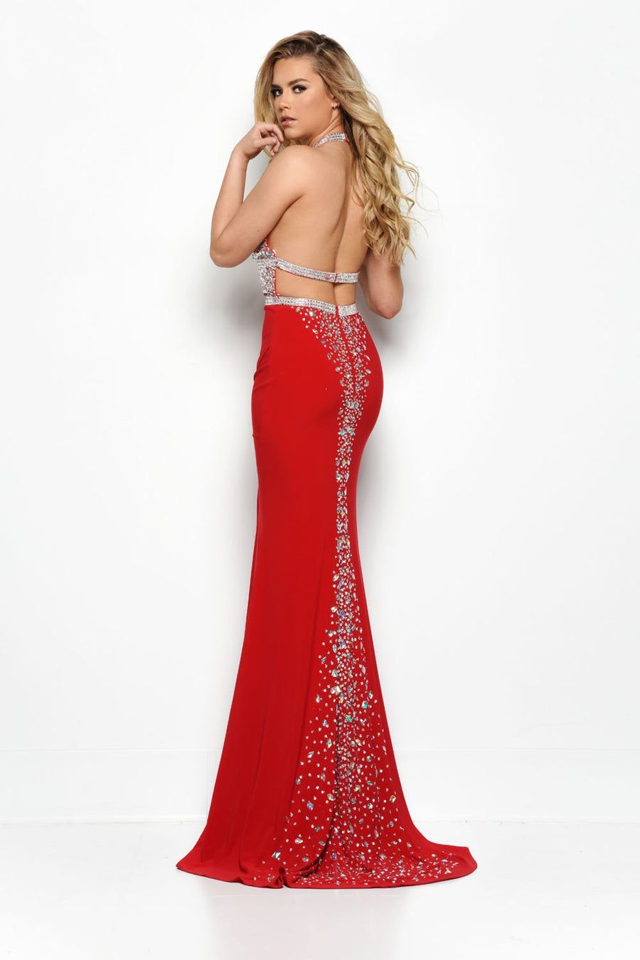 Jasz Couture 7006 prom dress images.  Jasz Couture 7006 is available in these colors: Black, Ivory, Red.