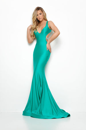 Jasz Couture 7014 prom dress images.  Jasz Couture 7014 is available in these colors: Black, Emerald, Fuchsia, Red.