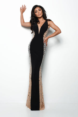 Jasz Couture 7078 prom dress images.  Jasz Couture 7078 is available in these colors: Black, Ivory, Red.