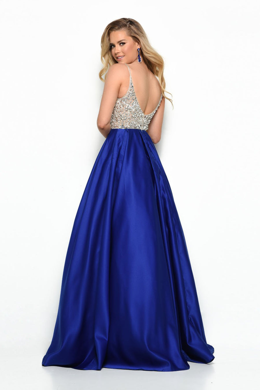 Jasz Couture 7101 prom dress images.  Jasz Couture 7101 is available in these colors: Royal, Red.