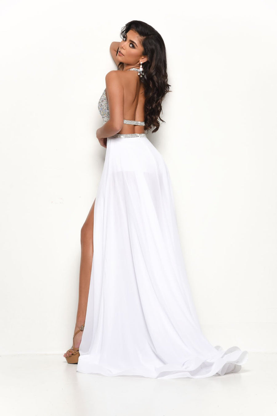 Jasz Couture 7112 prom dress images.  Jasz Couture 7112 is available in these colors: White, Black.