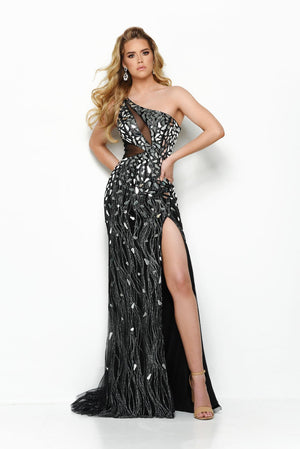 Jasz Couture 7139 prom dress images.  Jasz Couture 7139 is available in these colors: Black Silver.