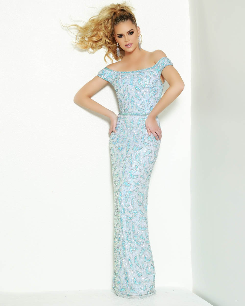 Jasz Couture 1524 prom dress images.  Jasz Couture 1524 is available in these colors: Ice Blue.