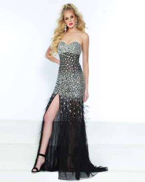 Jasz Couture 6506 prom dress images.  Jasz Couture 6506 is available in these colors: Black, Emerald.