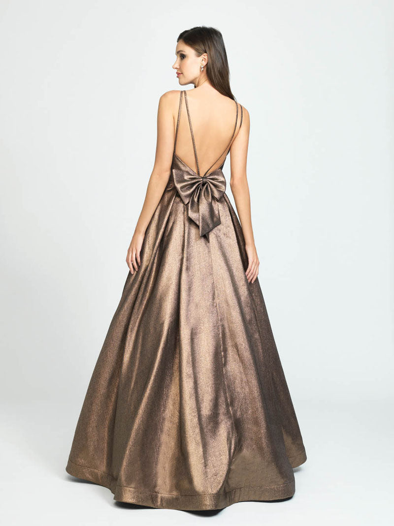 Madison James 19-176 prom dress images.  Madison James 19-176 is available in these colors: Coffee, Blush, Champagne.