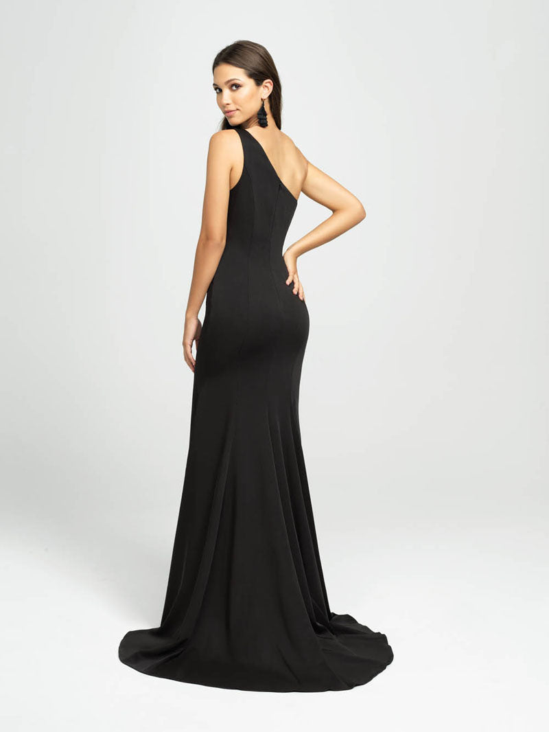 Madison James 19-205 prom dress images.  Madison James 19-205 is available in these colors: Eggplant, Black, Navy.