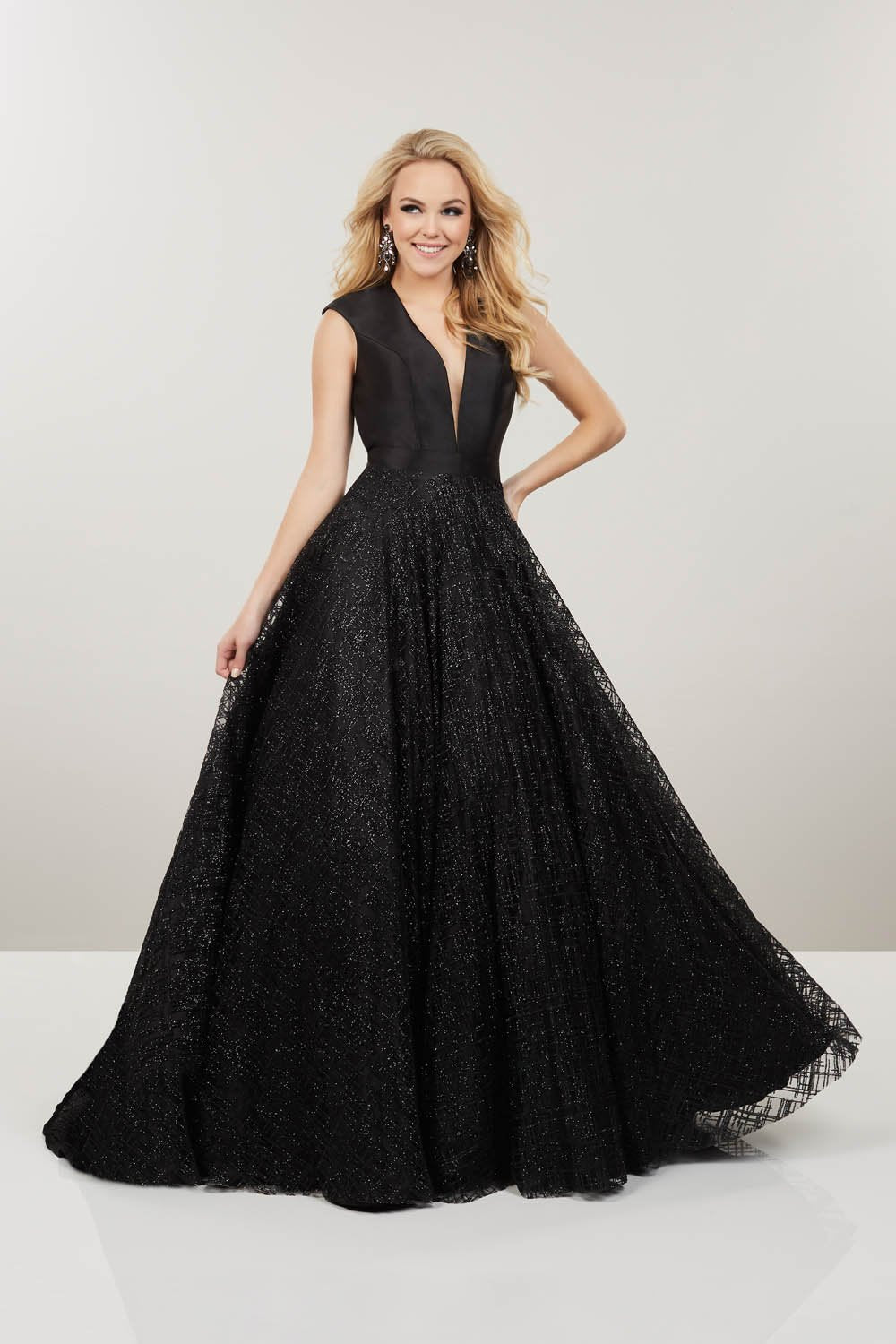 Panoply 14911 prom dress images.  Panoply 14911 is available in these colors: Black, Magenta.