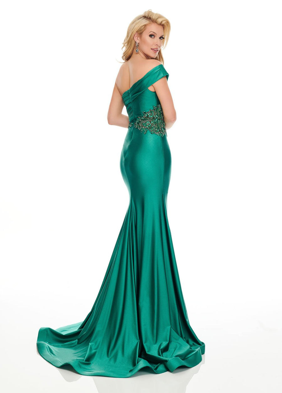 Rachel Allan 8440 prom dress images.  Rachel Allan 8440 is available in these colors: Hunter Green, Deep Red.