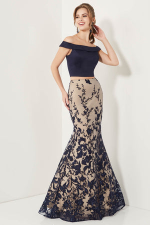 Studio 17 12721 prom dress images.  Studio 17 12721 is available in these colors: Navy, Pink, Red.
