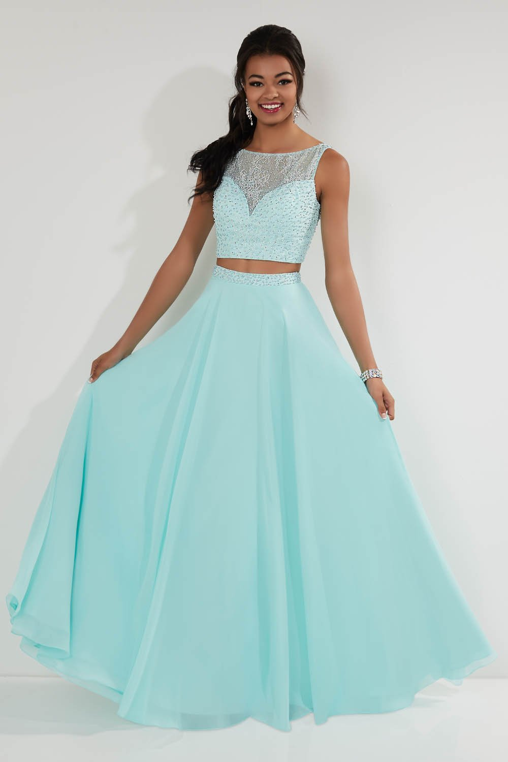 Studio 17 12728 prom dress images.  Studio 17 12728 is available in these colors: Lilac, Ocean.