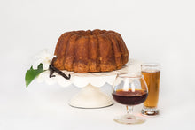 Load image into Gallery viewer, 33 oz Vanilla Rum Cake