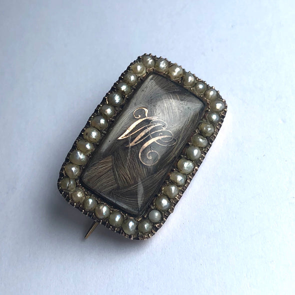 Mid 19th Century Pearl and 9 Carat Gold Mourning Brooch