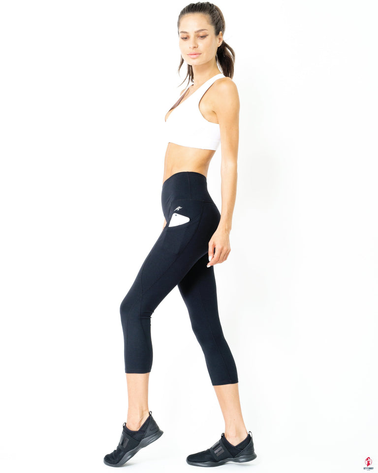 Jolie High-Waisted Capri Leggings With Hip Pockets by Getitchoosy