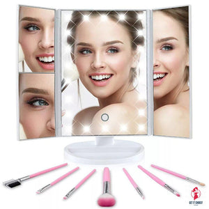 Light up vanity mirror + free makeup brushes by Getitchoosy