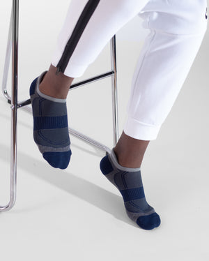 mens ankle sock in heather grey with navy style