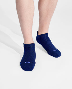 mens ankle sock in navy on feet