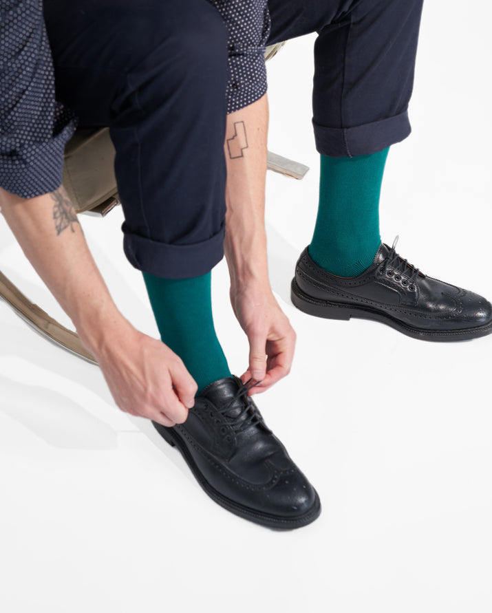 mens knee high sock in evergreen style