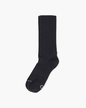mens crew sock in black laid flat