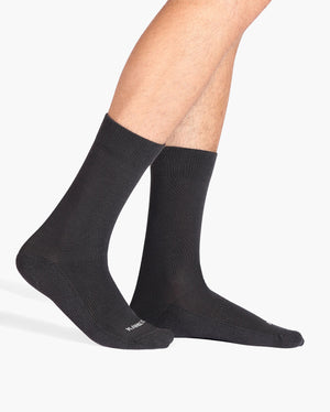mens crew sock in charcoal grey on feet