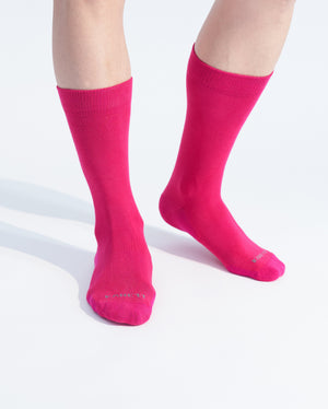 mens crew sock in hot pink on feet