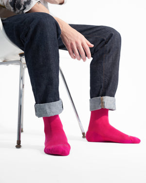mens crew sock in hot pink style