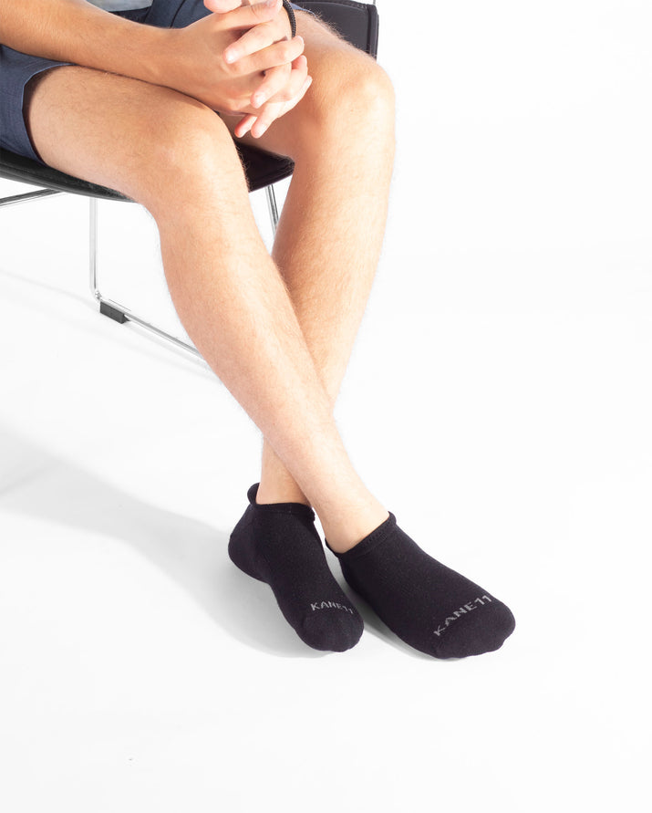 mens ankle sock in black. Lifestyle