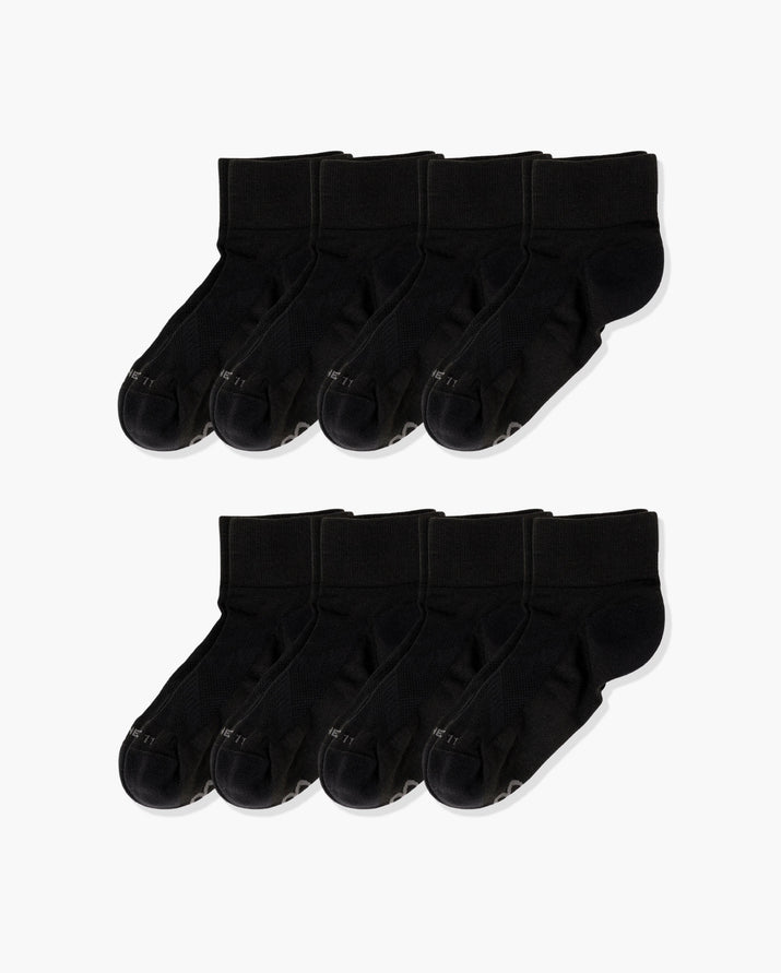 Womens quarter sock, 8 pack in black.