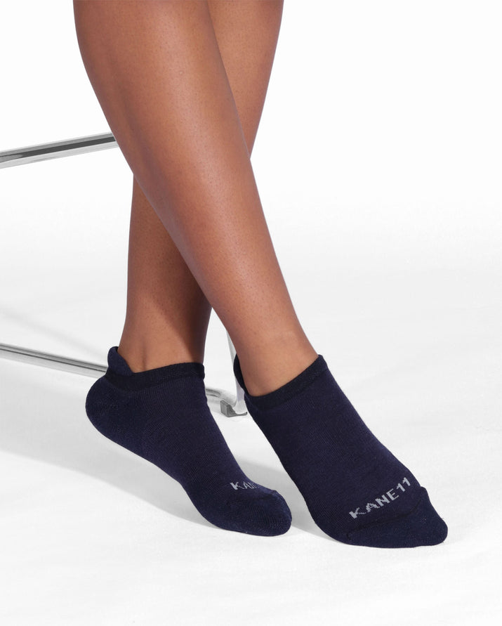 Womens ankle sock in black, lifestyle.