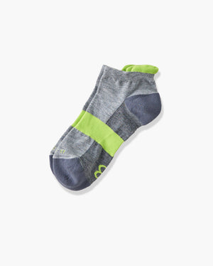 womens ankle sock in heather grey with lime laid flat