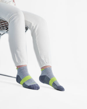 womens ankle sock in heather grey with lime style