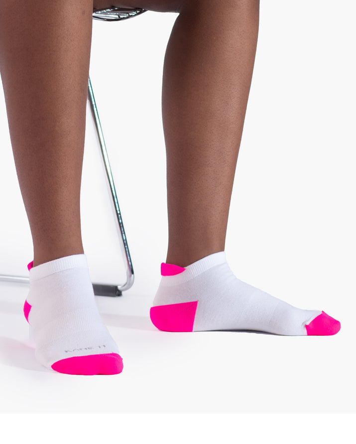 womens ankle sock in white with neon pink style