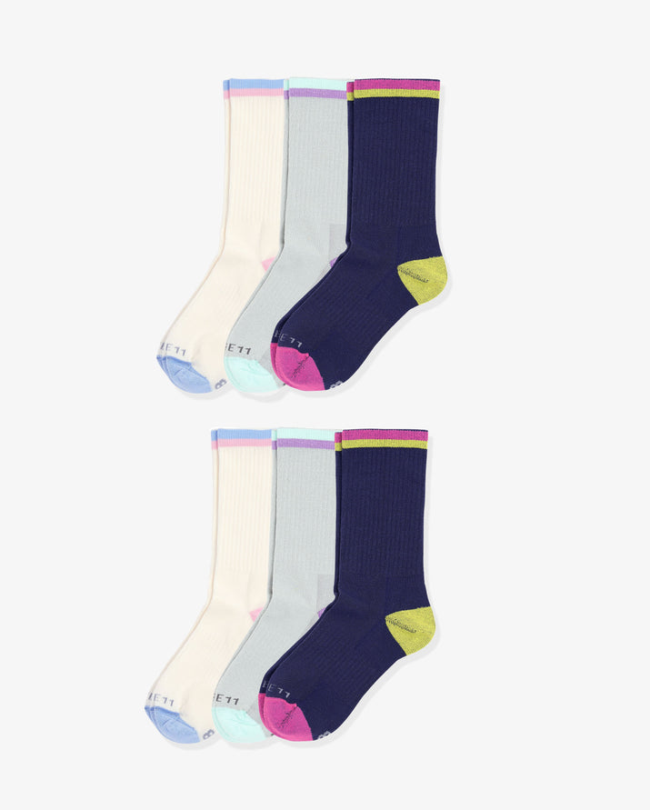 Womens 6 pack of crew socks. Two pairs of each colorway: ivory, grey, navy.