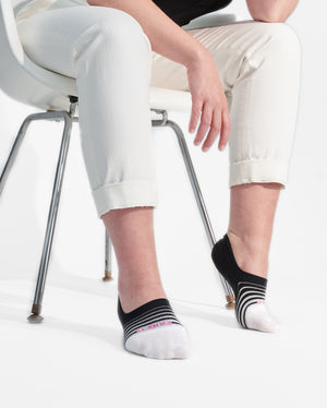 womens no-shows sock in black with white stripes to the toe, lifestyle