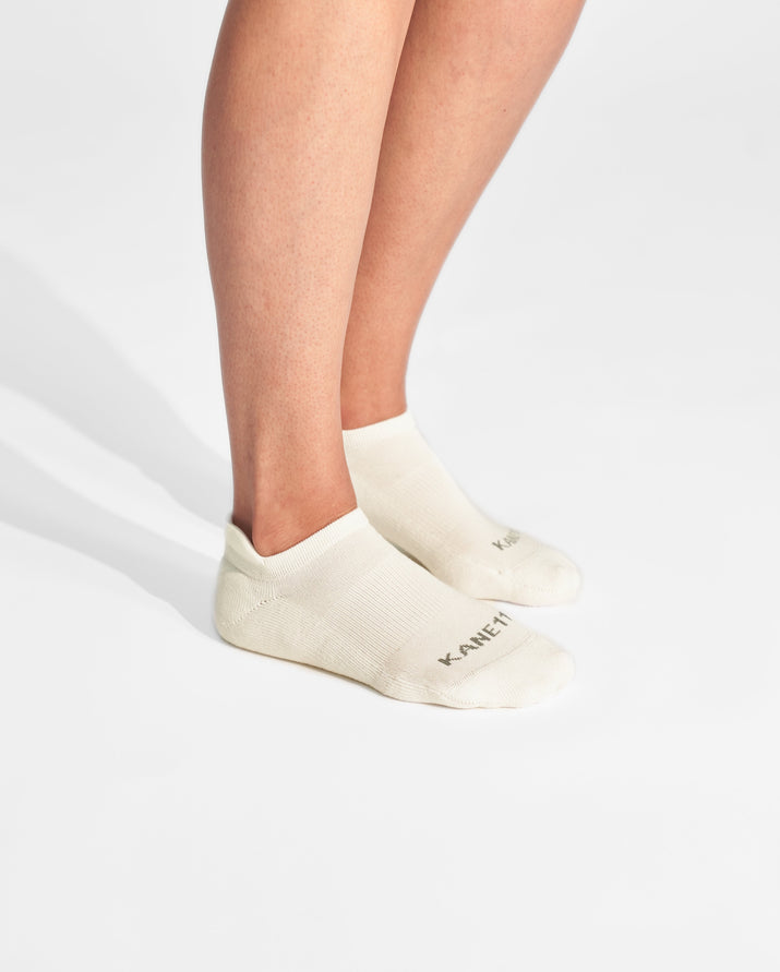 womens ankle sock in ivory on feet