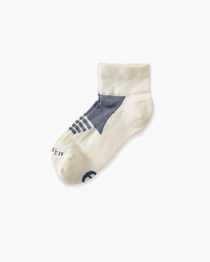 womens quarter sock in ivory with grey laid flat