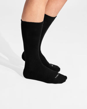 womens crew sock in black on feet