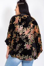 Load image into Gallery viewer, Floral Velvet Kimono // Beauties
