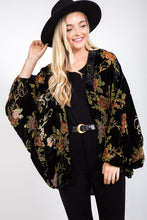 Load image into Gallery viewer, Floral + Velvet Kimono