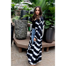 Load image into Gallery viewer, KK Wrap Front Kimono // Black Tie-Dye