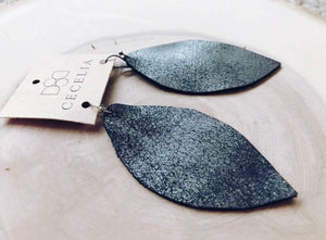 Feather Leather Earring - Black Sugar