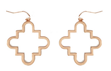 Load image into Gallery viewer, Gold Quatrefoil Drop Earring