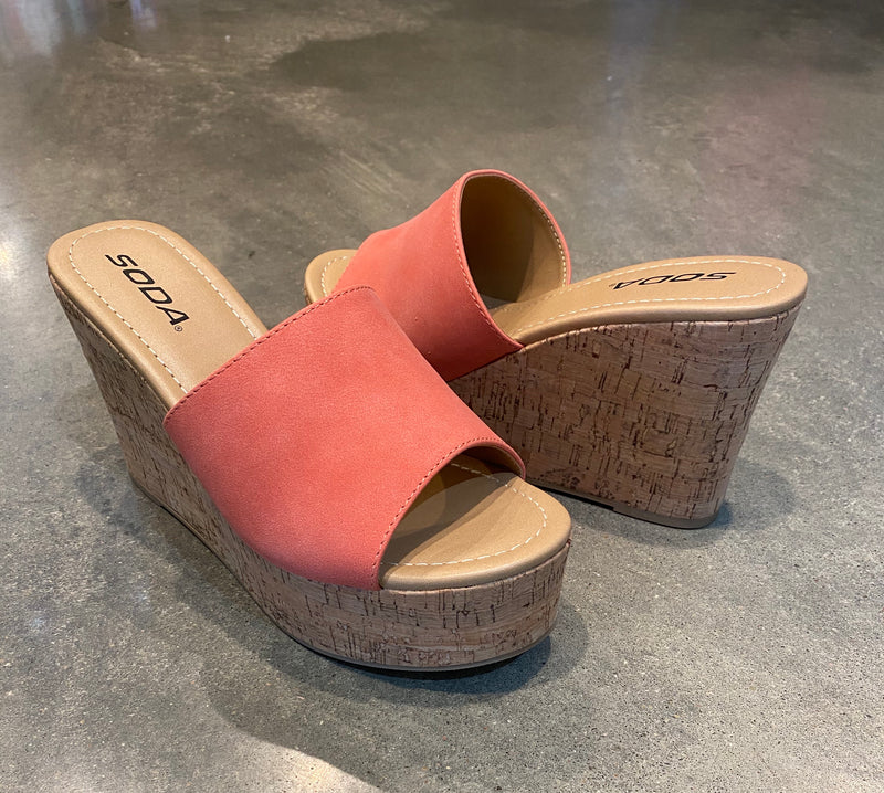 Cork Wedge in Coral